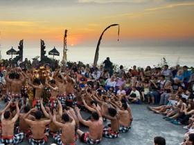 uluwatu-kecak-dance1