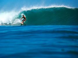 Bali surf trip - Surfing big wave south of Kuta