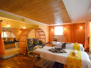 spa-en-provence-by-loccitane-almond-room