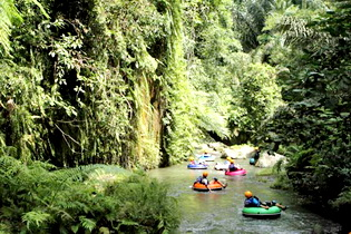 river-tubing-(4)