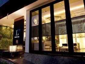1.-L-Hotel-Seminyak-Passage-Way