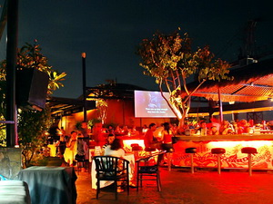 sky-garden-rooftop-lounge-gallery1