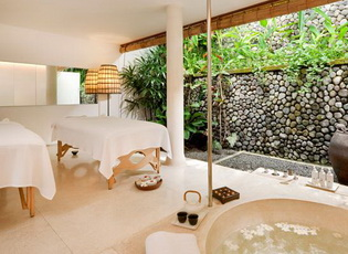 double-treatment-room-uma-ubud