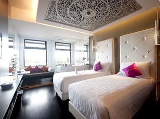 7. L Hotel Seminyak - Legian Suite Twin-Bedded