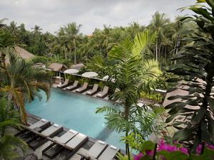 Main Pool_UVH2
