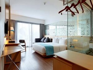 ize-hotel-by-studio-tonton-seminyak-bali-indonesia-01