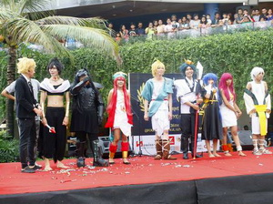 beachwalk-royal-cosplay-6