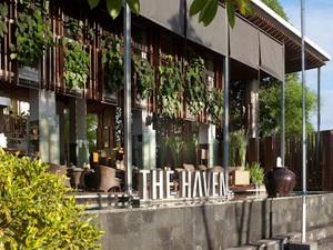 HotelExterior2
