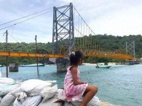 jembatan-kuning-sudah-tersambung-800-2017-02-08-063343_0