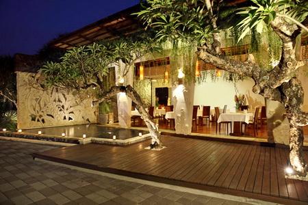 restaurant-area