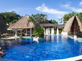 pool--v6438074-w902