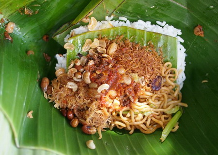nasi campur tour 2012 bali indonesian balinese street food photo 242